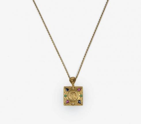025. pendant