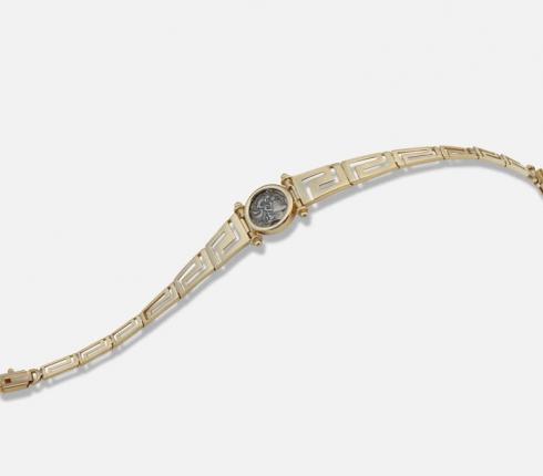 1022. bracelet