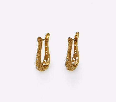 067. earrings