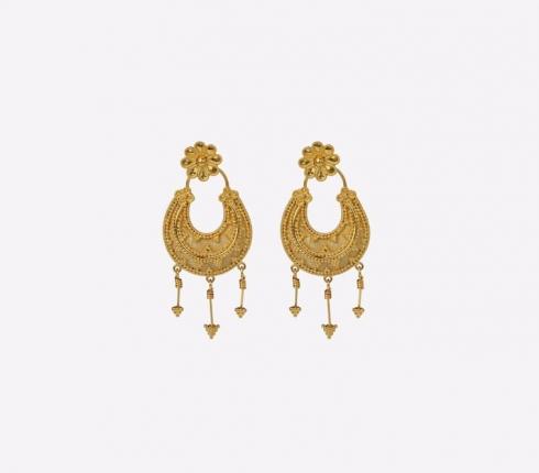 069. earrings
