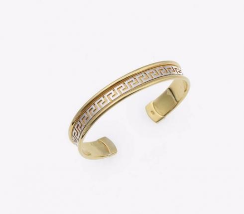 1011. bracelet