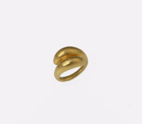 7043. ring